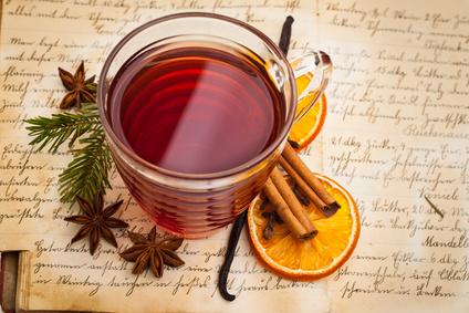 Das LANGE Team wünscht frohe Weihnachten und ein fantastisches Neues Jahr! Foto: unpict, fotolia.com