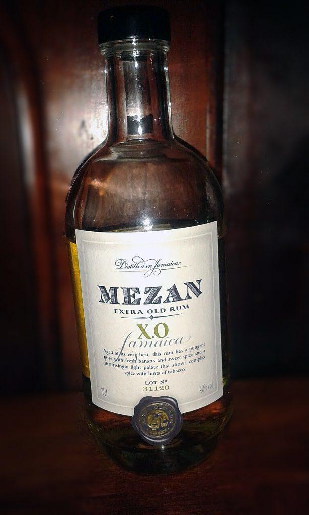 LANGE Rum des Monats: Mezan extra old X.O. aus Jamaica.