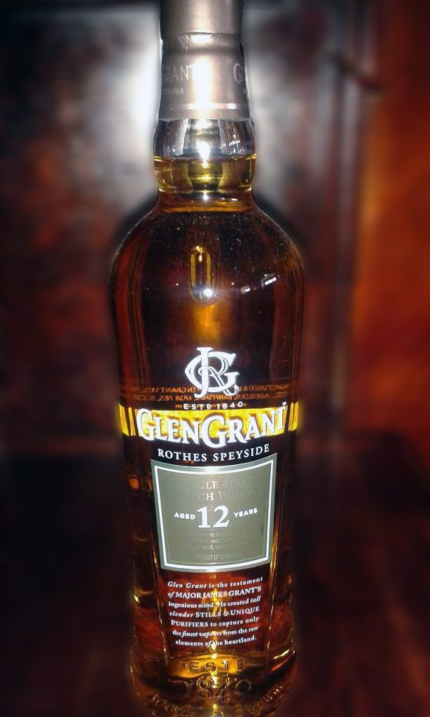 Glen Grant 12 y Single Malt Speyside Whisky, LANGE Pub und Beisl